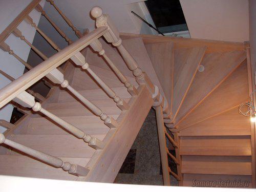 лестница осветленный бук